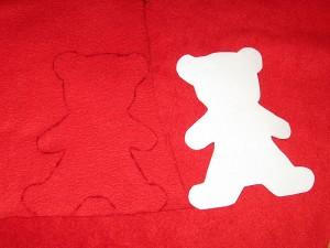 Прикраси на ялинку - червоні ведмедики