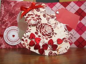 Незвичайна валентинка у формі справжнього серця
