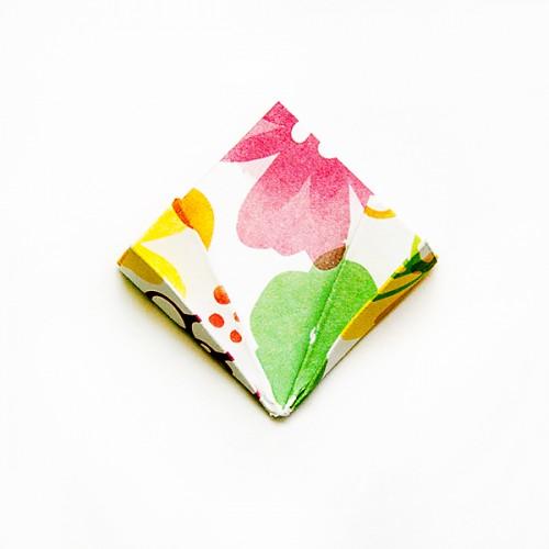 Як виготовити паперові квіти орігамі за 5 хвилин