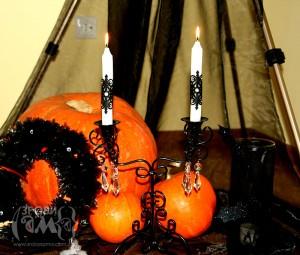 Декоровані свічки на Хеловін