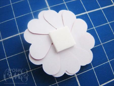 Як зробити квіти без спец дироколів