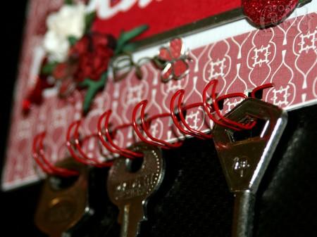 Домашній декор - мініатюрна ключниця