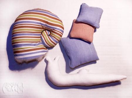Декоративний равлик - підставка для голок, булавок та ниток