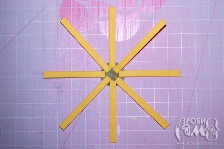 МК: Декоративний візок з квітами