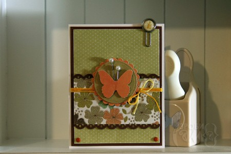Весняна листівка із колекції New Leaf - Spring Butterfly