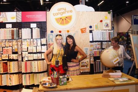Вітаємо вас на літній виставці CHA 2012. Нова колекція Ready Set Go від Amy Tangerine