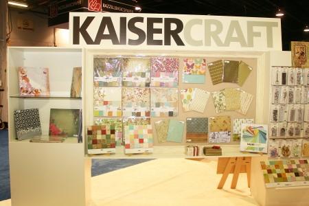 Вітаємо вас на літній виставці CHA 2012. День 2. Частина 6. У кімнатці Kaisercraft