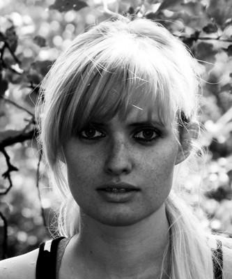 Сторінка для Арт Уголка - автопортрет. I wish I had more freckles in the summer