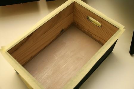 Реорганізація скрап куточка: поварбовані дерев'яні контейнери