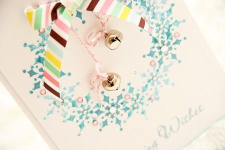 Листівка із новорічним віночком Loving Wishes