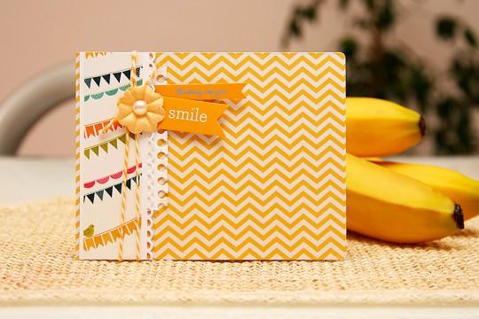 Листівка Smile від Pebbles