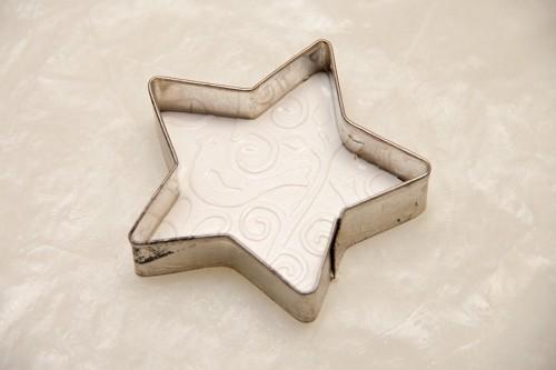 Як зробити зірочки на ялинку з глини. Майстер клас