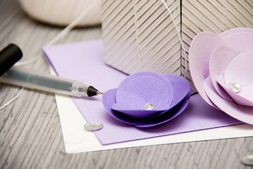 Красива упаковка для подарунку своїми руками за допомогою дошок від We R Memory Keepers