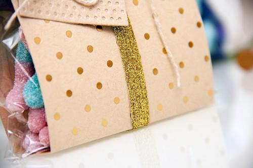 Зроби Сам(А) | Як зробити упакову для цукерок своїми руками. Більше цікавих їдей для творчості, домашнього декору, листівок ручної роботи у блозі Зроби Сам(А) https://www.yanasmakula.com/