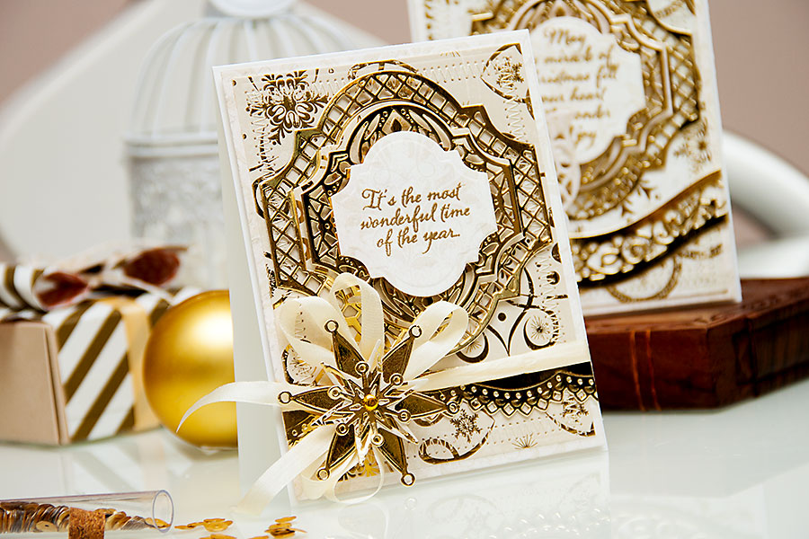 Yana Smakula | Holiday Cards with Spellbinders dies and First Edition papers. For a photo tutorial please visit http://www.zrobysama.com.ua/?lang=en #cardmaking #diecutting #papercrafting #spellbinders