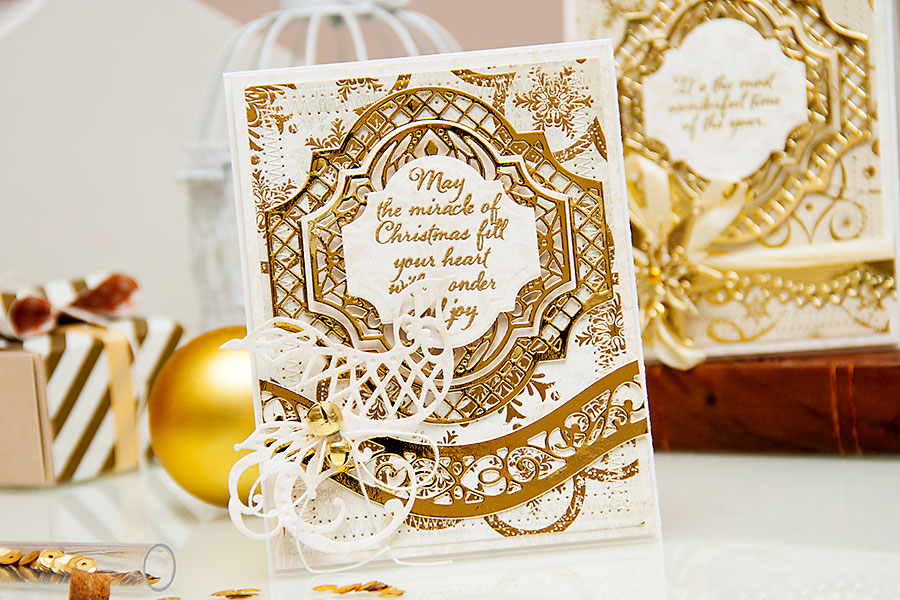 Yana Smakula | Holiday Cards with Spellbinders dies and First Edition papers. For a photo tutorial please visit https://www.yanasmakula.com/?lang=en #cardmaking #diecutting #papercrafting #spellbinders