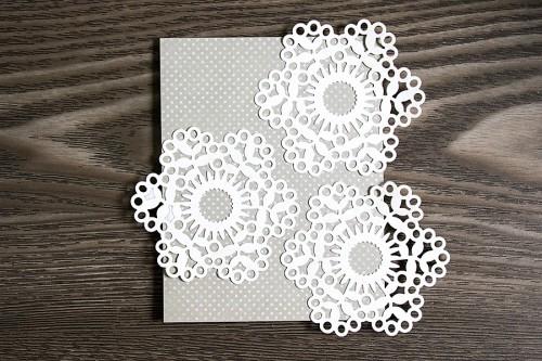 Весільні листівки разом із ножами та папером від First Edition