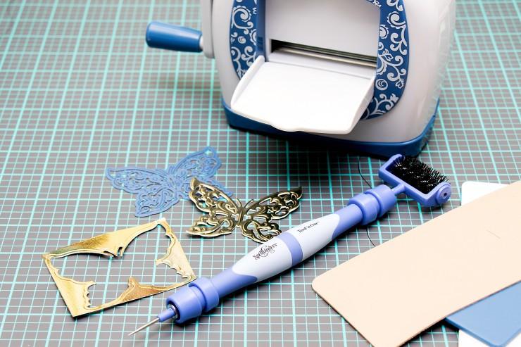Yana Smakula | Spellbinders Sapphire Die cutting Machine and Dies - You're The Best Card