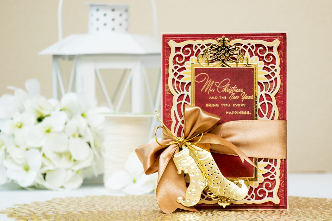 Spellbinders | Traditional Holiday Card with Amazing Paper Grace Dies. Video