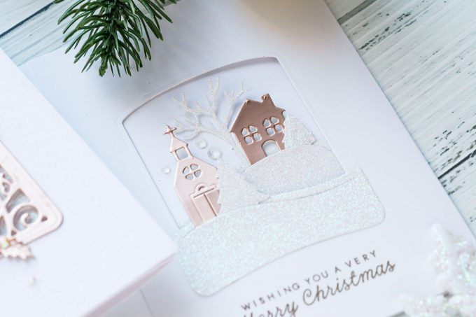 How to make Trifold Christmas Cards with the help of Die Cutting. Spellbinders Amazing Paper Grace Die of the Month - November 2018 #yscardmaking #spellbinders #christmascard